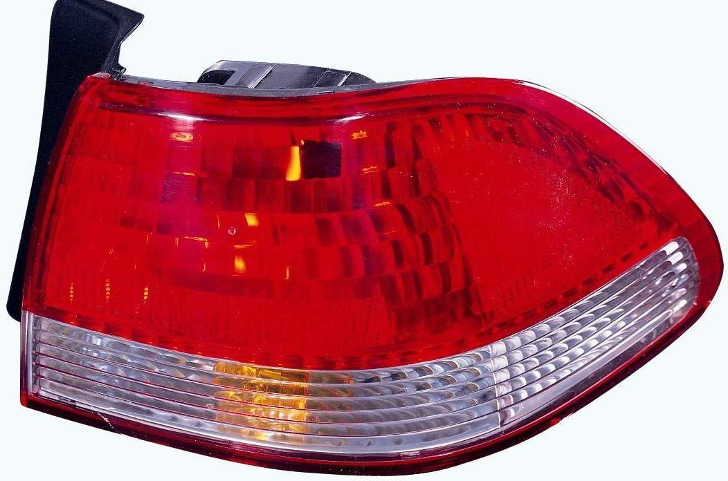 Honda Accord Sedan 2001 2002 tail light right passenger outer