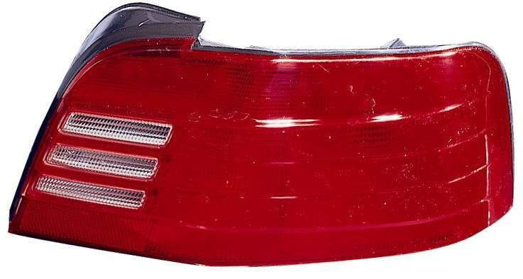 Mitsubishi Galant 1999 2000 2001 tail light right passenger