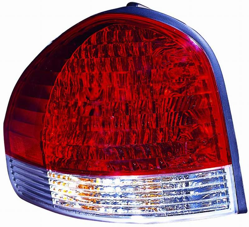Hyundai Santa Fe 2005 2006 tail light left driver