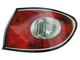 Lexus ES300 2002 2003 2004 tail light outer right passenger