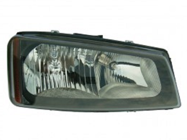 Chevrolet Silverado 1500/2500/3500 2005 2006 2007 right passenger headlight