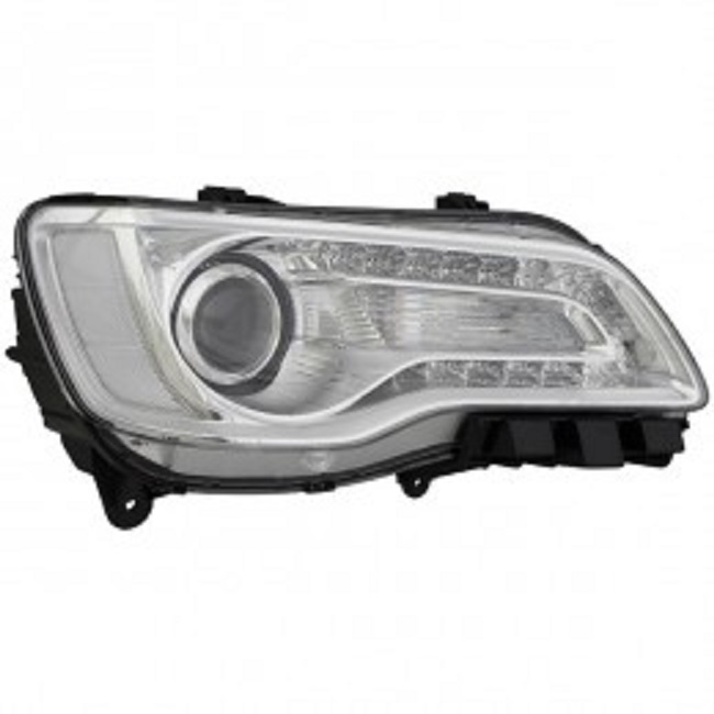 Chrysler 300 / 300C 2015 2016 2017 2018 right passenger headlight
