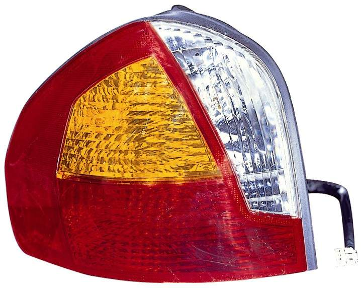 Hyundai Santa Fe 2001 2002 2003 2004 tail light left driver