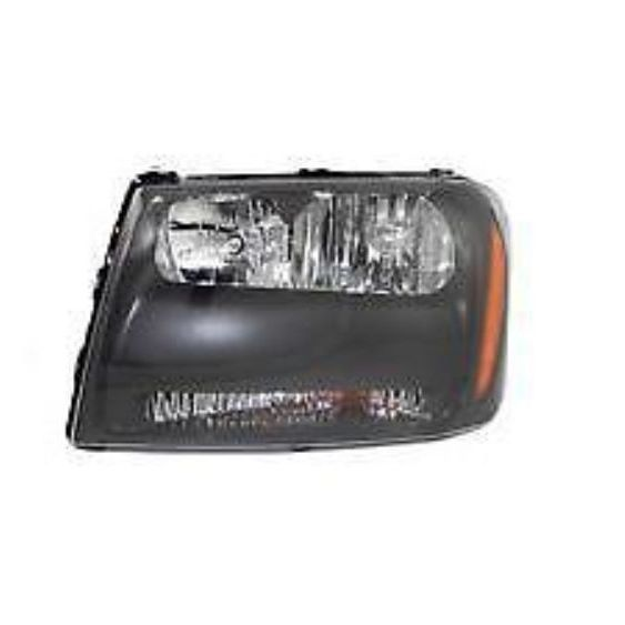 Chevrolet TrailBlazer LT model 2006 2007 2008 2009 left driver headlight