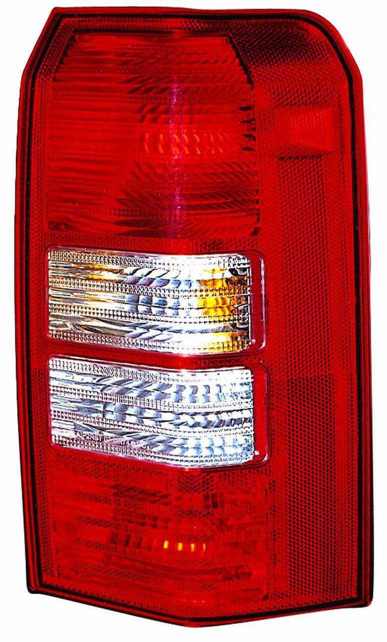 Jeep Patriot 2008 2009 2010 tail light right passenger