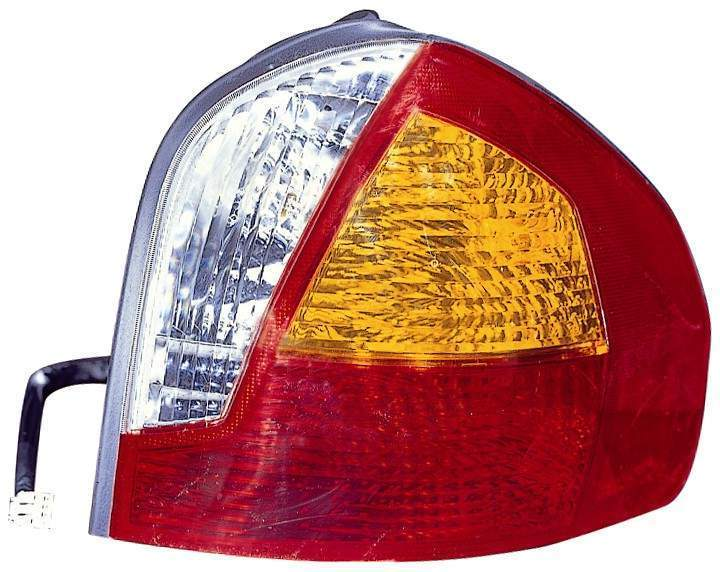 Hyundai Santa Fe 2001 2002 2003 2004 tail light right passenger