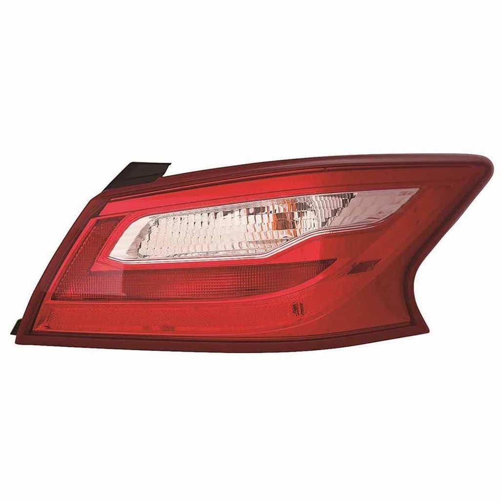 Nissan Altima sedan 2016 2017 tail light right passenger