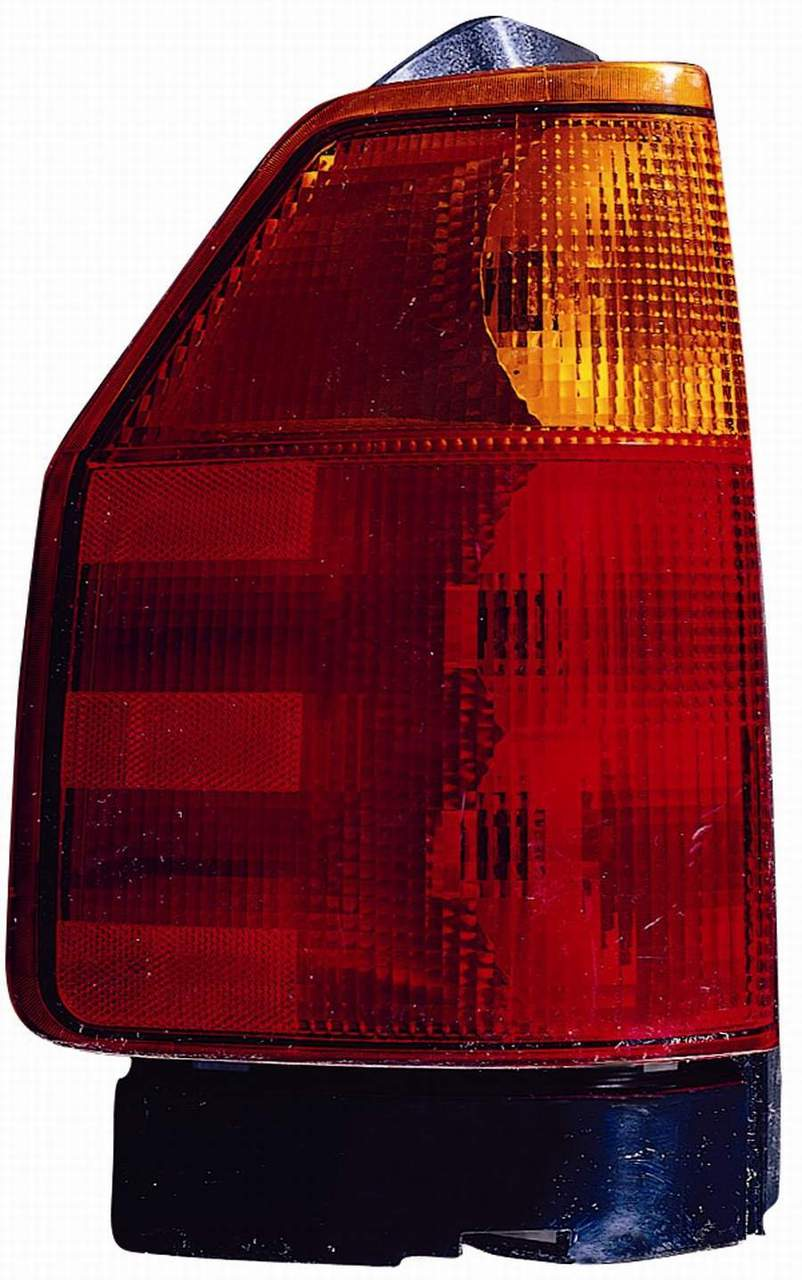 GMC Envoy 2002 2003 2004 2005 2006 2007 2008 2009 tail light left driver